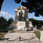 monumento caduti tarquinia