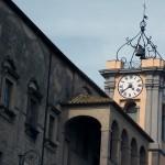 Comune di Tarquinia palazzo comunale torre orologio campanone