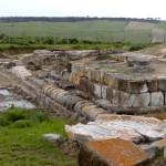 ara della regina tarquinia tempio